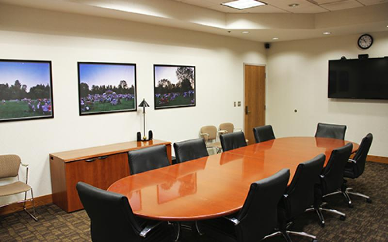 Autumn Oaks Meeting Room